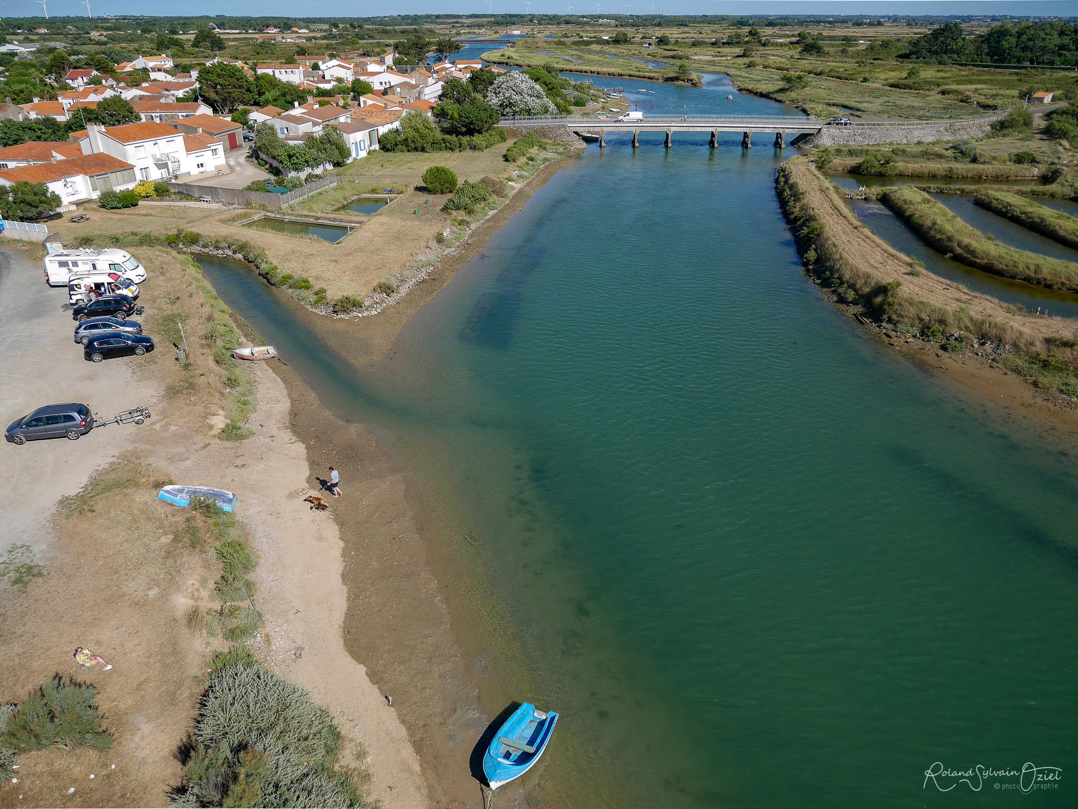 port et village de la Gachere à Brem sur Mer en Vendée