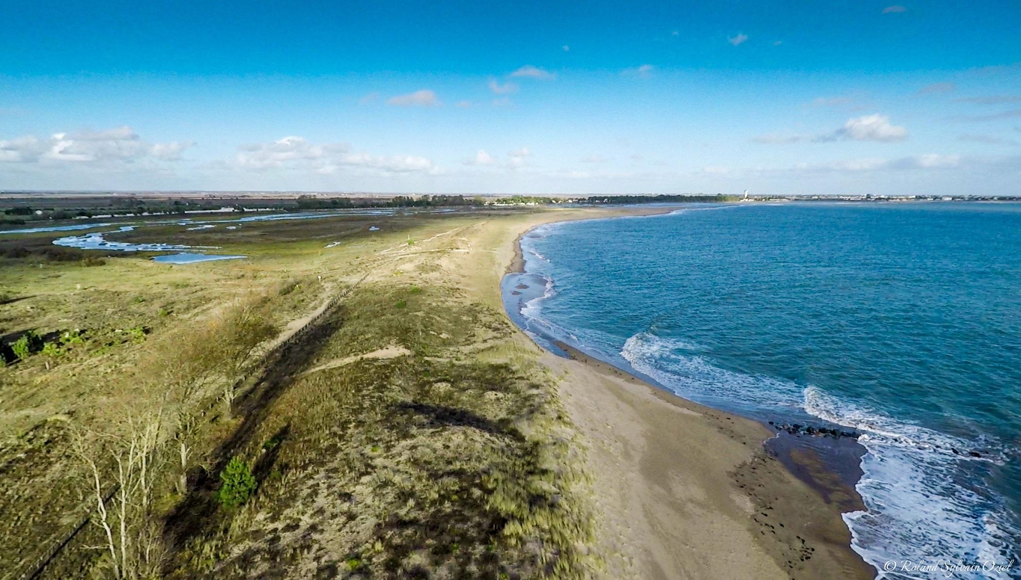 plage naturelle et sauvage de la Tranche sur Mer