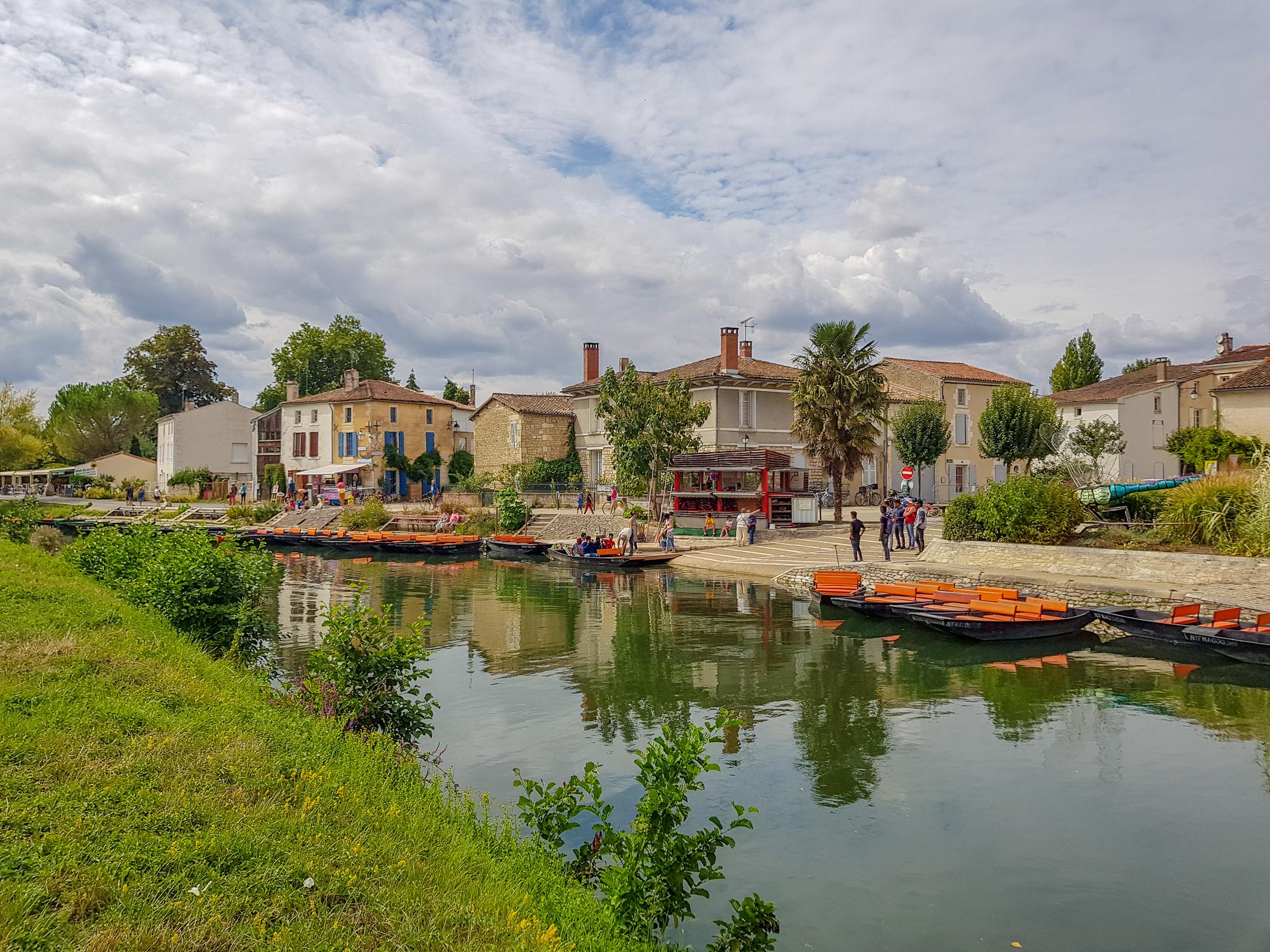 Vacances à Coulon pour faire des balades en barque