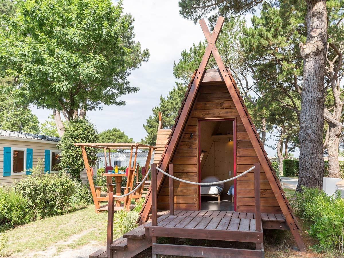 Un hébergement insolite : la cabane enbois