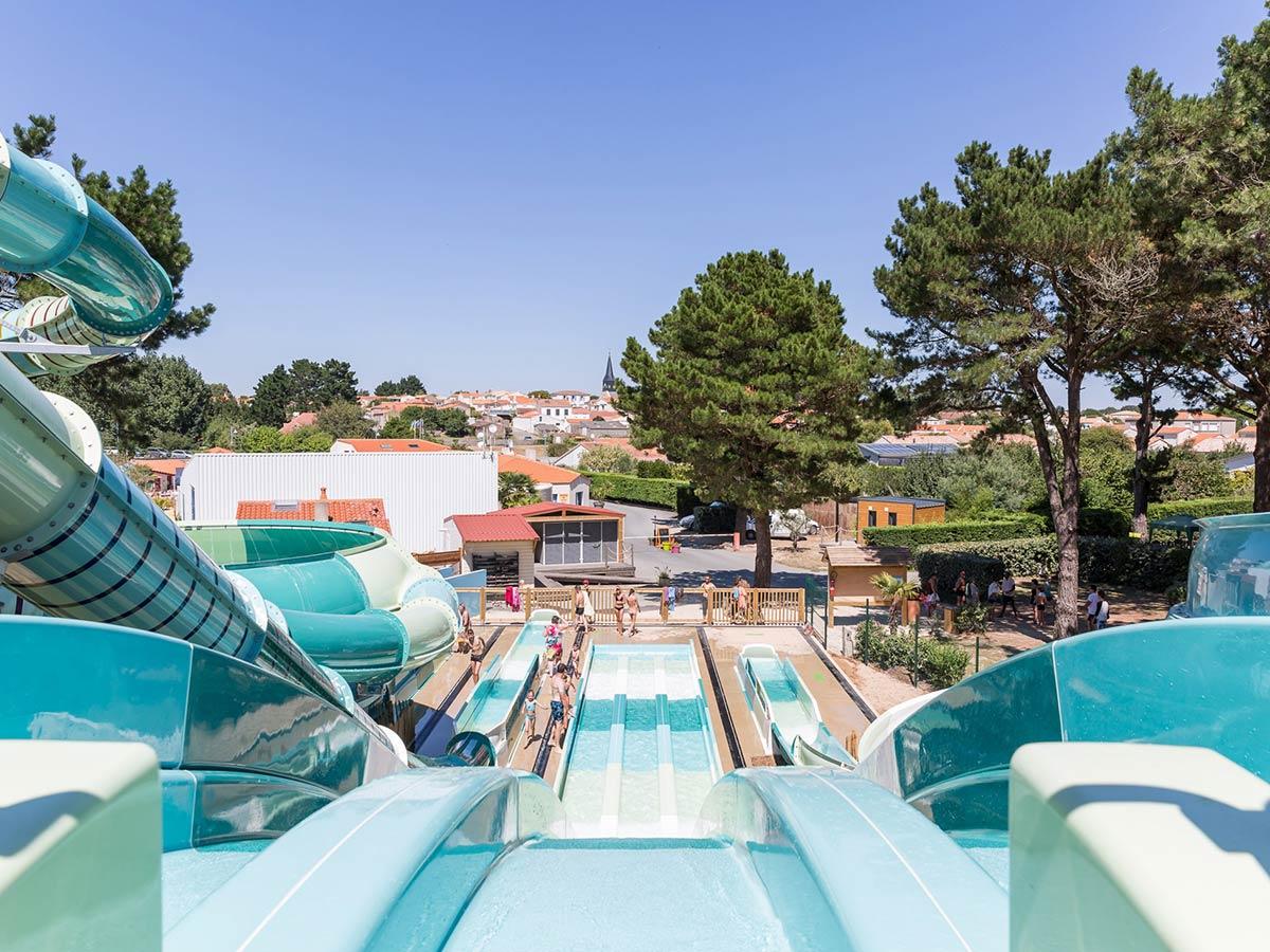 Piscine Hors Sol Avec Toboggan vos vacances dans un camping avec toboggan aquatique en vendée