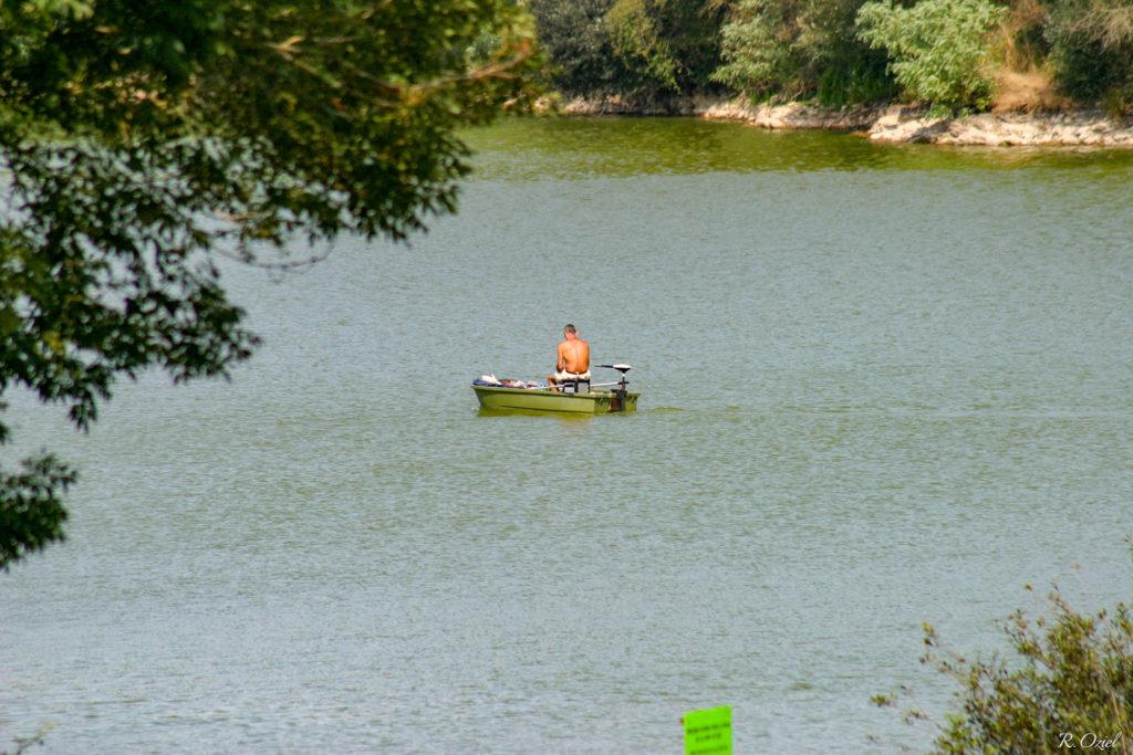 Camping avec pêche sur étang privé réservé aux vacanciers