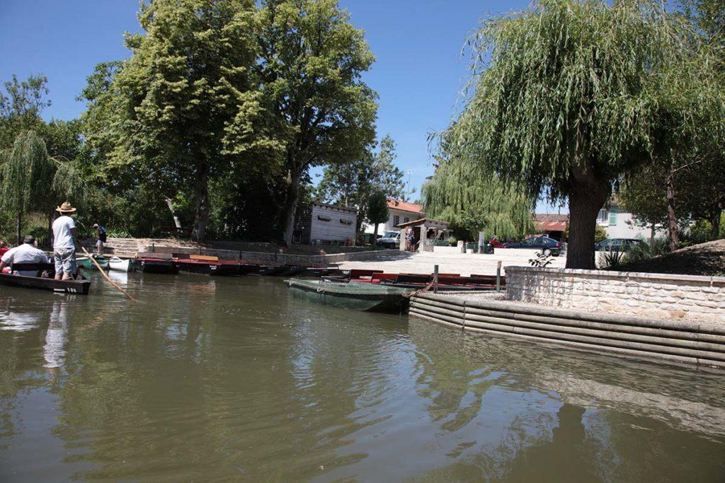 Embarcadère village d'Arcais